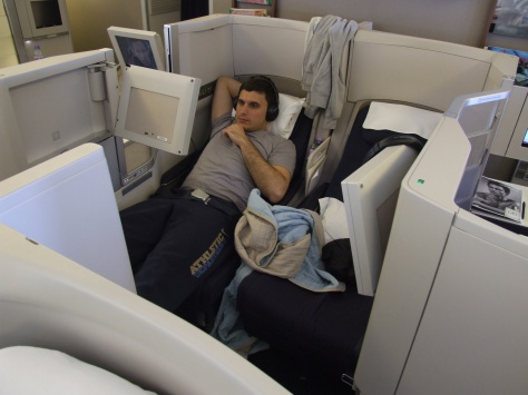 BA B777 Club World central seats