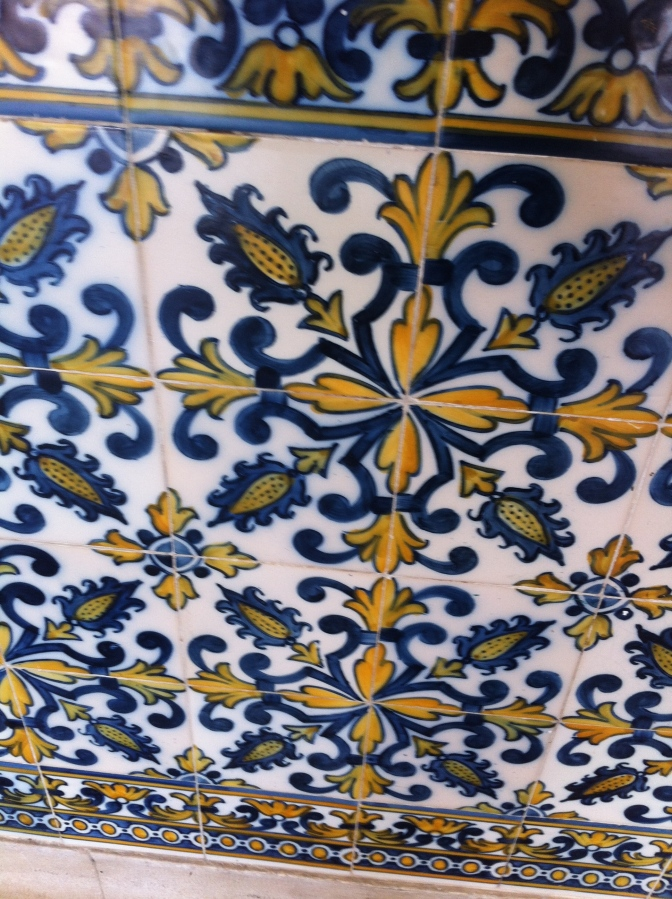 Penha Longa - Ancient tiles in the convent