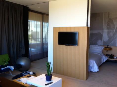 Hotel Lone - Bedroom