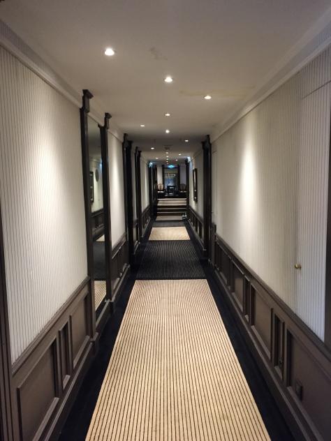 Hotel Majestic Barriere - corridor