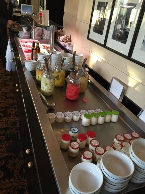 Hotel Majestic Barriere - breakfast